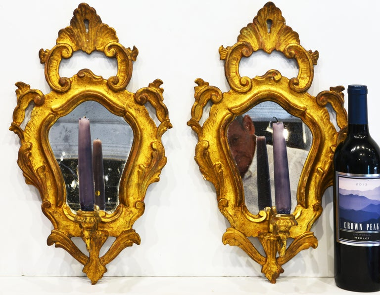 Pair of Italian Baroque Style Carved Giltwood Mirror Wall Sconces, Mid 20th C. For Sale 3