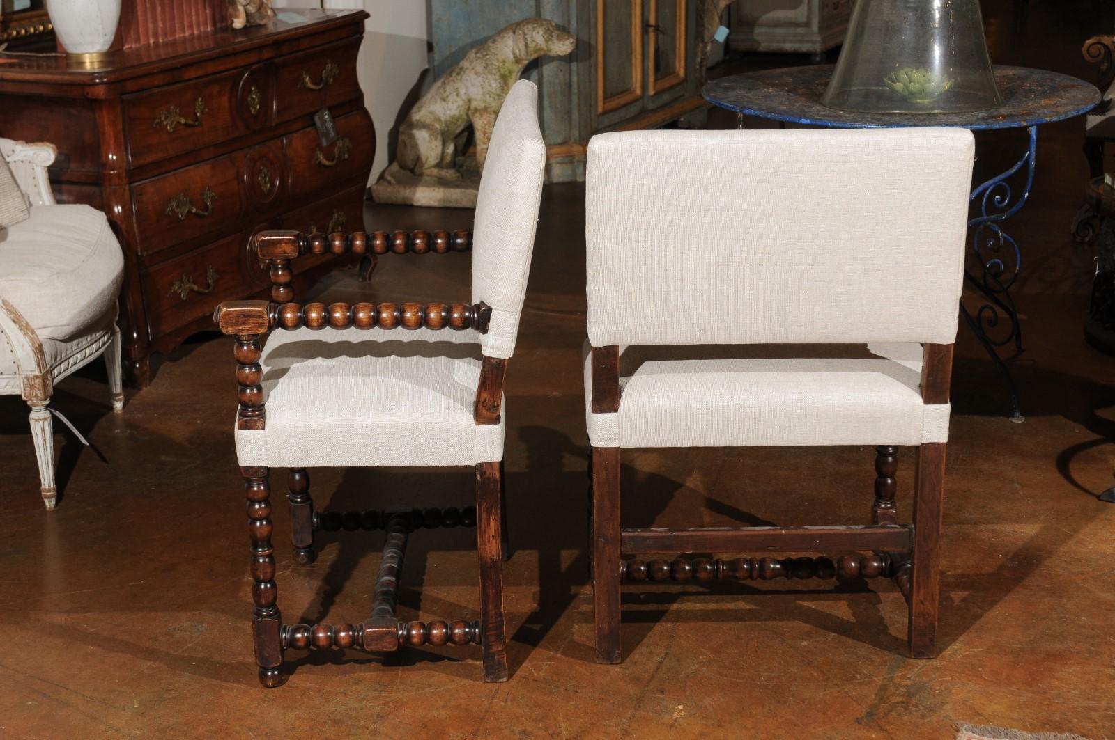 Abp 656 pair of italian baroque style oak armchairs with bobbin legs