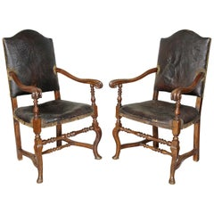 Pair of Italian Baroque Walnut Armchairs