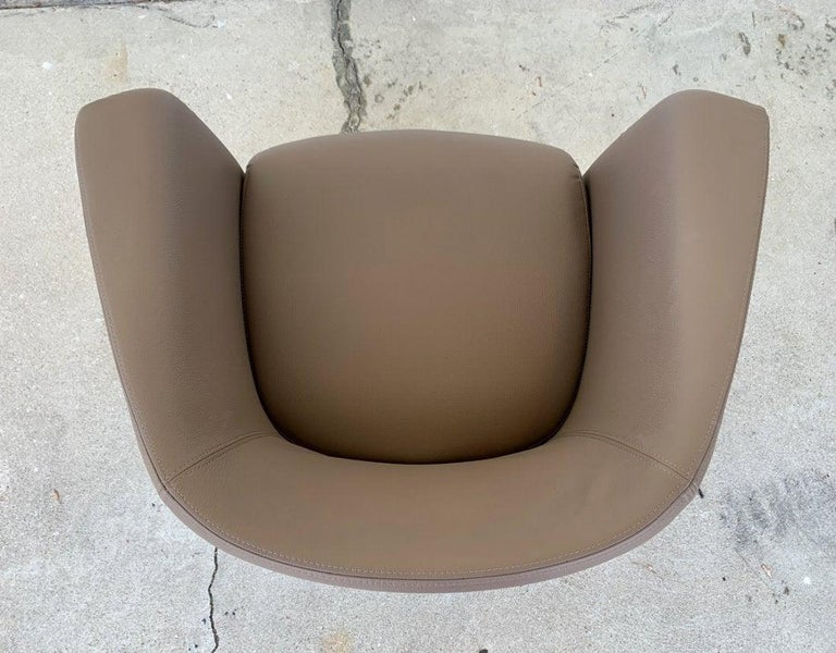Pair of Italian Barrel Chairs in Faux Leather For Sale 1