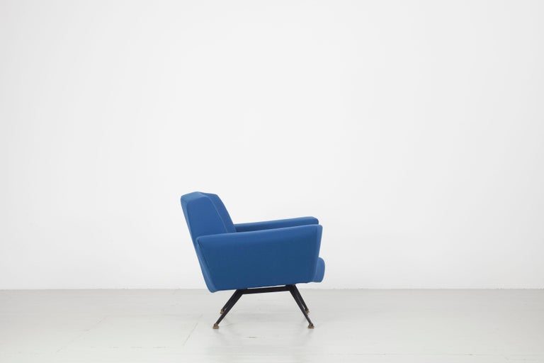 Pair of Italian Blue and Violet Armchairs by Lenzi, Studio Tecnico, Italy, 1950s In Good Condition For Sale In Wolfurt, AT