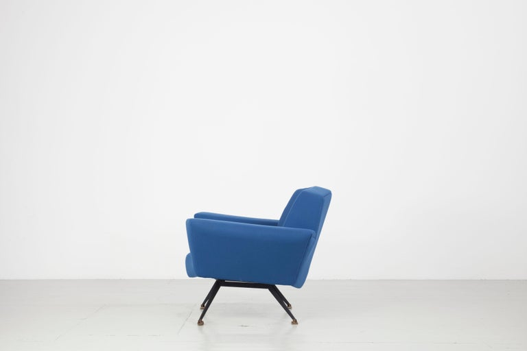 Pair of Italian Blue and Violet Armchairs by Lenzi, Studio Tecnico, Italy, 1950s For Sale 2