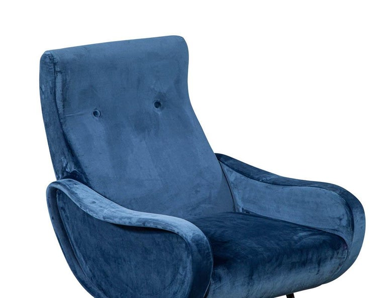 Pair of Italian Blue Velvet Lounge Chairs Attributed to Zanuso Style For Sale 4