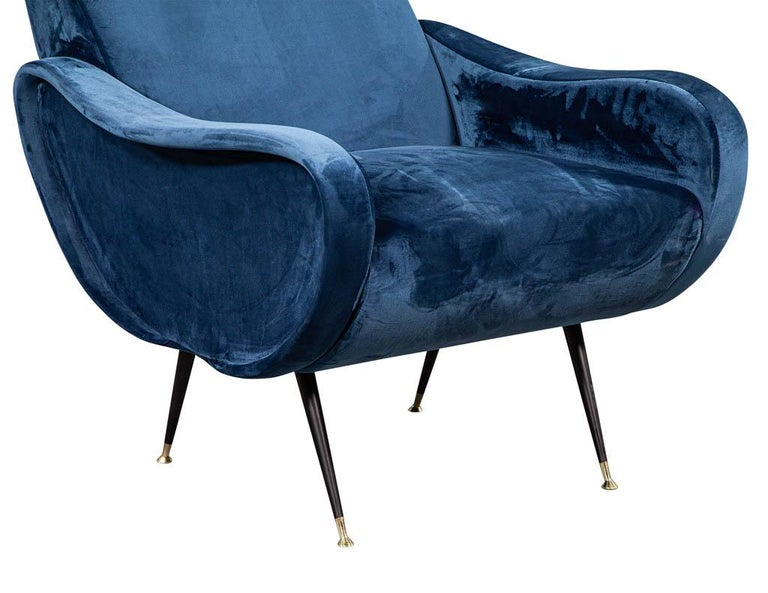 Pair of Italian Blue Velvet Lounge Chairs Attributed to Zanuso Style For Sale 1