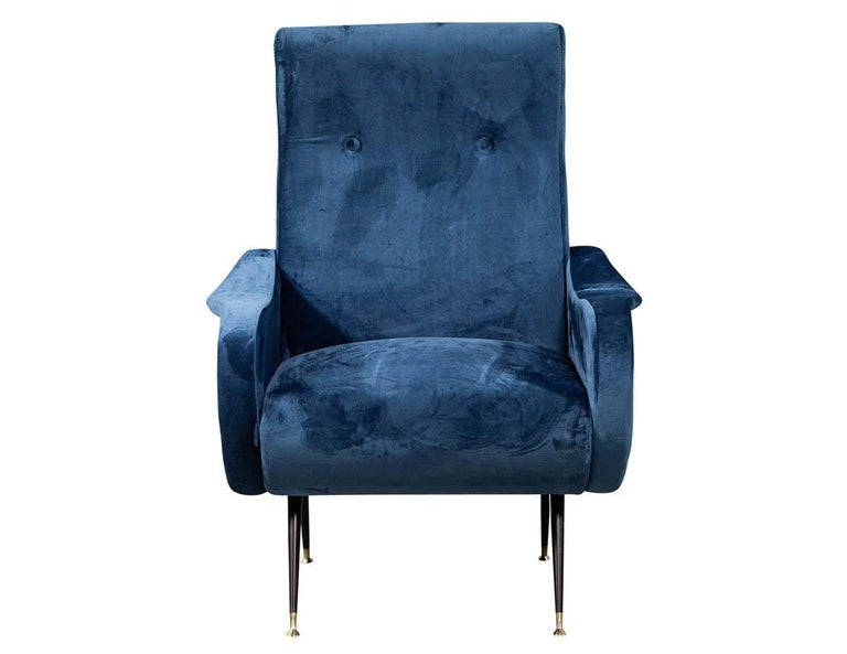 Pair of Italian Blue Velvet Lounge Chairs Attributed to Zanuso Style For Sale 2