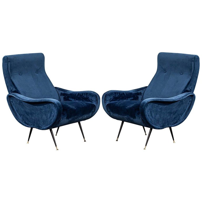Pair of Italian Blue Velvet Lounge Chairs Attributed to Zanuso Style For Sale