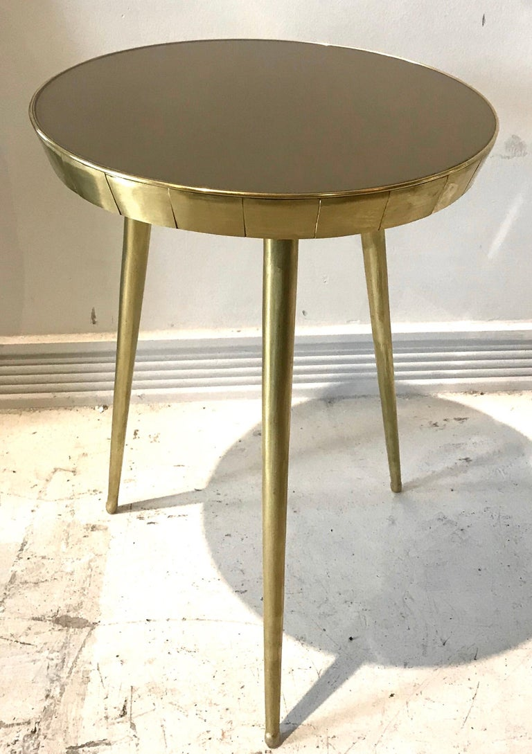 Mid-20th Century Pair of Italian Brass and Glass Accent Tables For Sale
