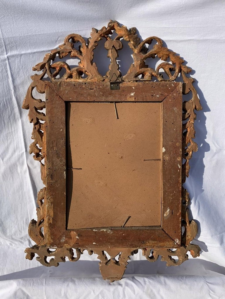 Pair of Italian Carved Gilded Mirrors, Italy, 18th Century, Rome Venice Glass For Sale 1