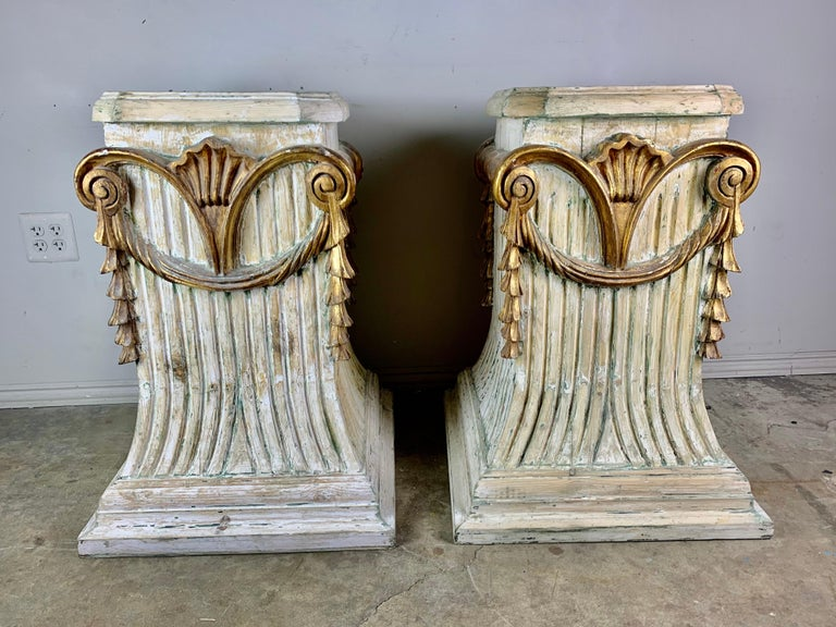 Neoclassical Pair of Italian Carved Painted and Parcel Gilt Pedestals For Sale