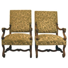 Pair of Italian Carved Walnut Armchairs, 19th Century