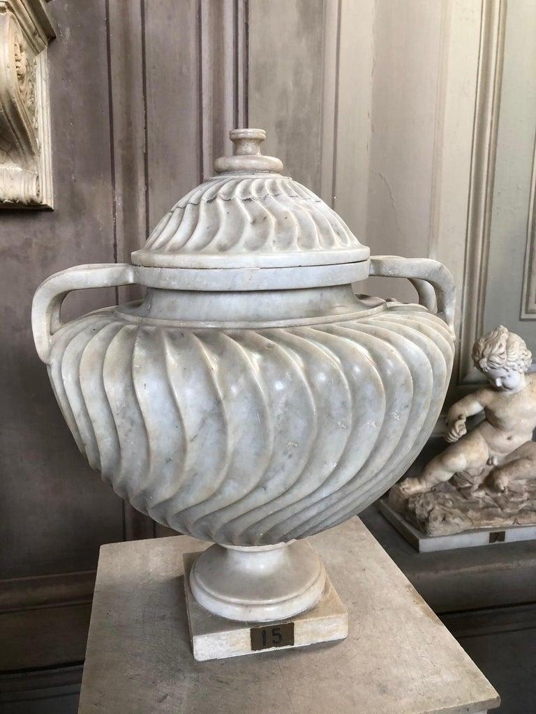 Pair of Italian Ceramic Vases 14
