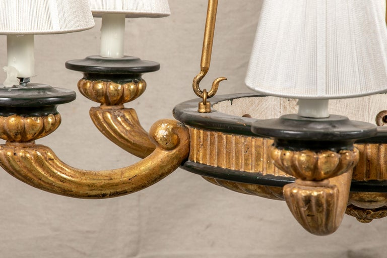 Pair of Italian Classical Style Chandeliers In Good Condition For Sale In Bridgeport, CT