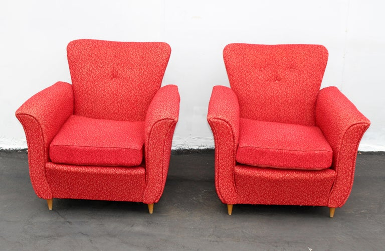 Italian 1940s club chairs, original upholstery and the condition comfortable and nice form.