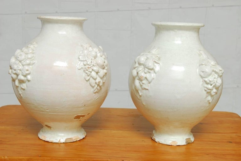 Pair of Italian Earthenware Pottery Jars For Sale 8