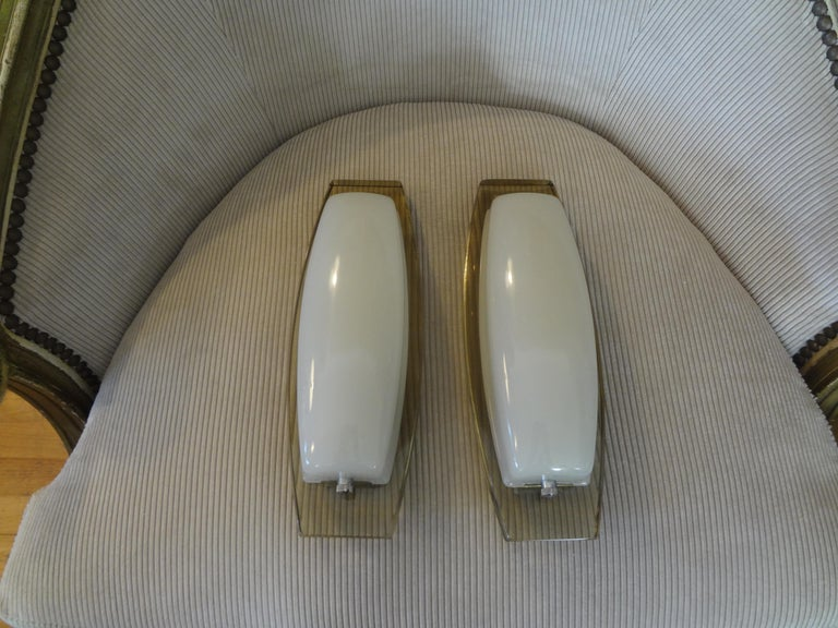 Pair of Italian Fontana Arte Style Glass Sconces For Sale 5