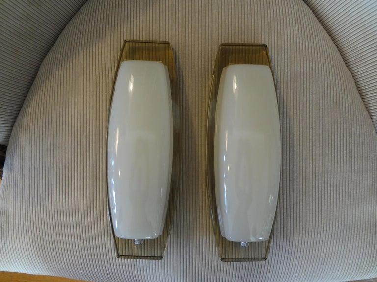 Pair of Italian Fontana Arte Style Glass Sconces For Sale 6