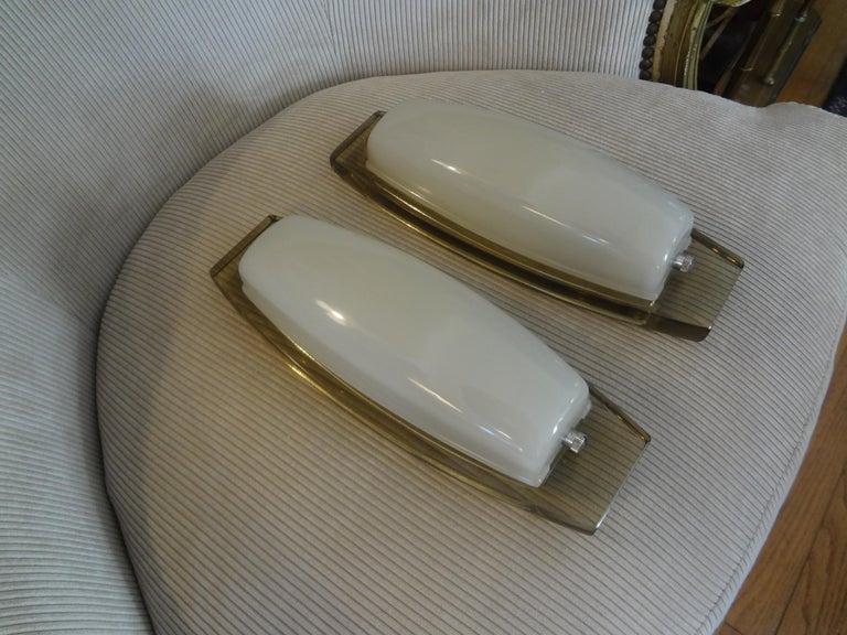 Mid-Century Modern Pair of Italian Fontana Arte Style Glass Sconces For Sale