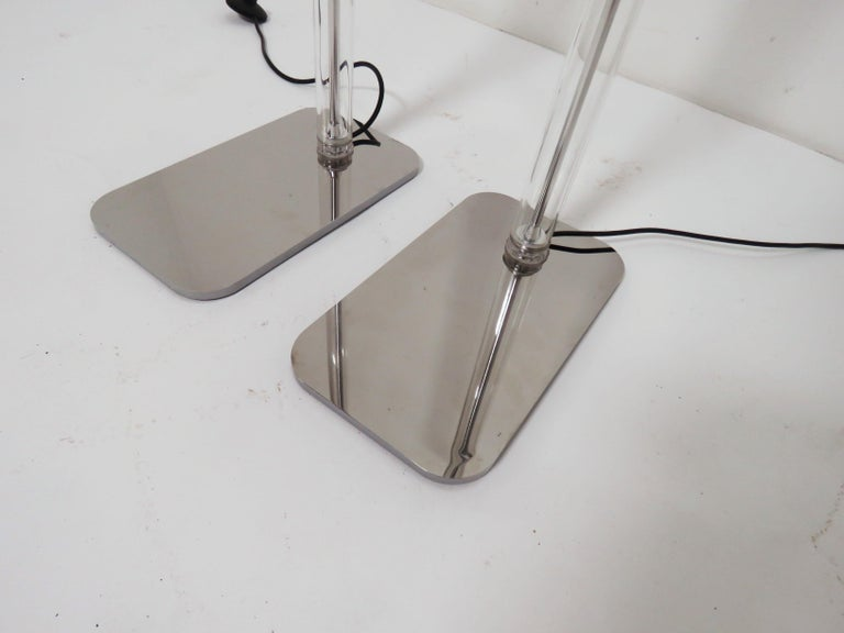 Pair of Italian Foscarini Floor Lamps in Glass and Aluminum For Sale 1