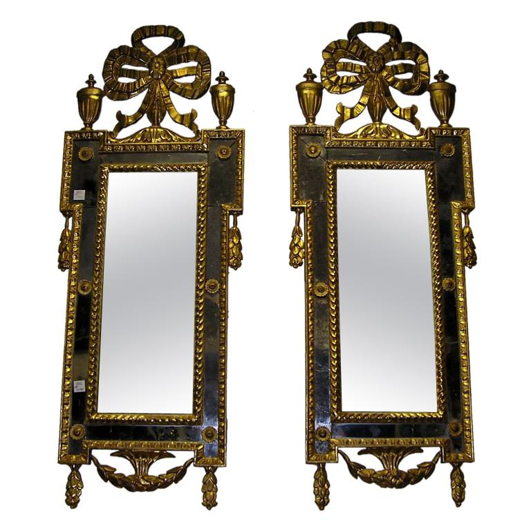 Pair of Italian Gilt Carved Floral Wall Mirrors. Circa 1780 For Sale