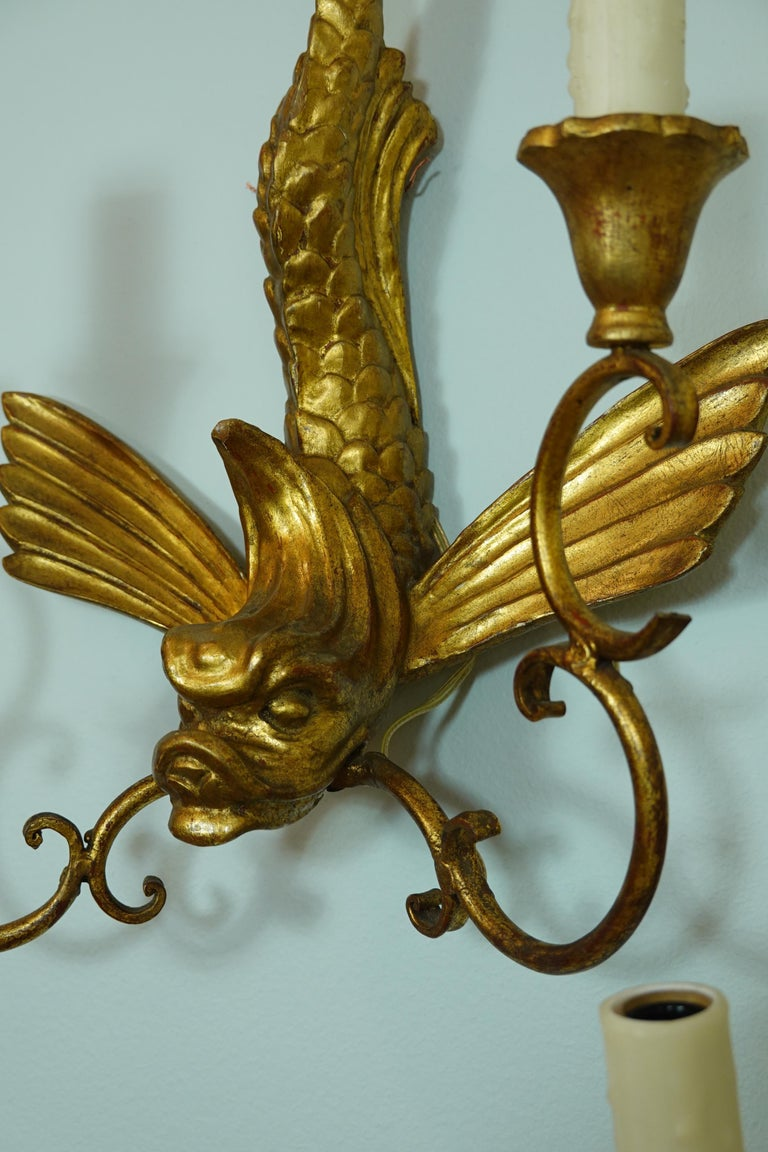 Pair of Italian Giltwood Sconces Featuring Mythical Dolphins For Sale 4