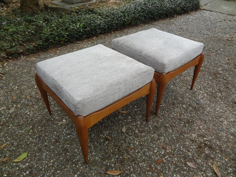 Mid-20th Century Pair of Italian Gio Ponti Inspired Midcentury Walnut Benches For Sale