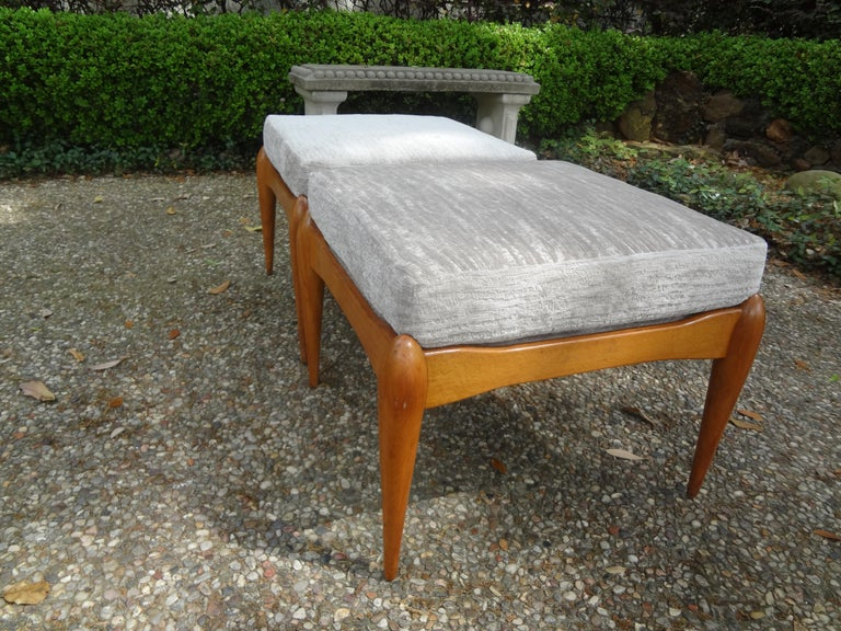 Pair of Italian Gio Ponti Inspired Midcentury Walnut Benches For Sale 3