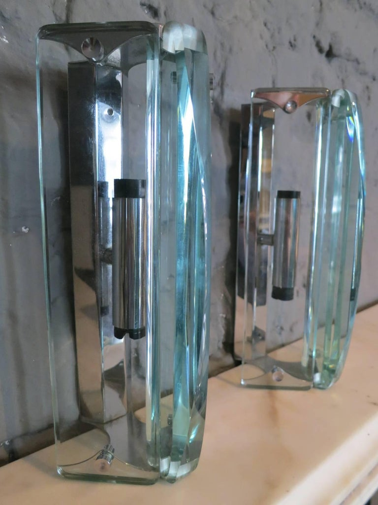Mid-20th Century Pair of Italian Glass Wall Sconces For Sale
