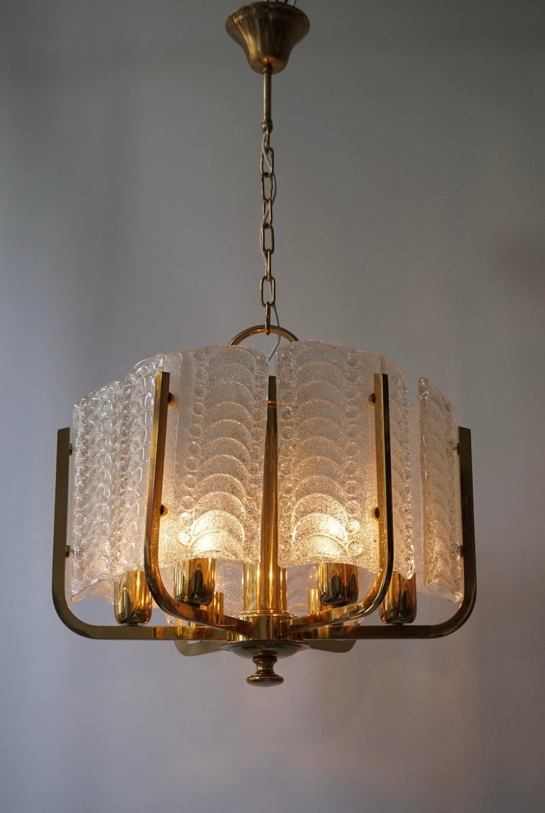 Pair of Italian Golden Brass and Murano Glass Pendant Lights For Sale 6