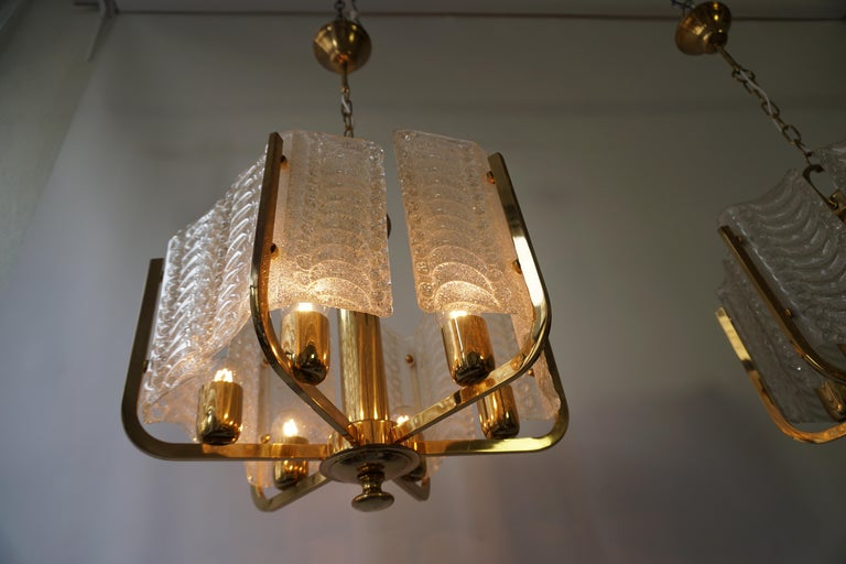 Pair of Italian Golden Brass and Murano Glass Pendant Lights For Sale 4