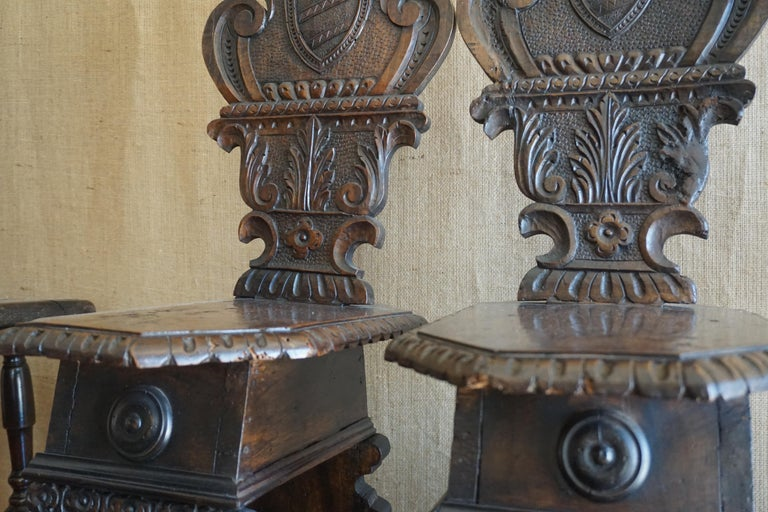 Hand-Crafted Pair of Italian Hand Carved Wooden Chairs, circa 1810 For Sale