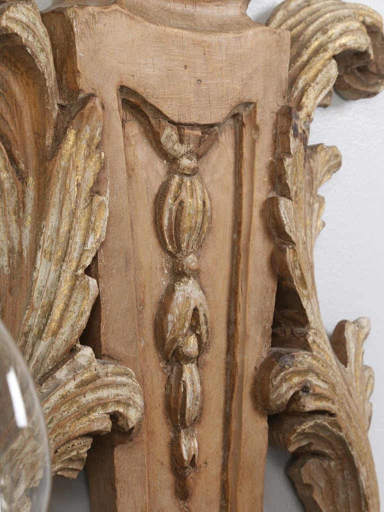 Pair of Italian Hand Carved Wooden Sconces with Gold and Silver Leaf Accents For Sale 6