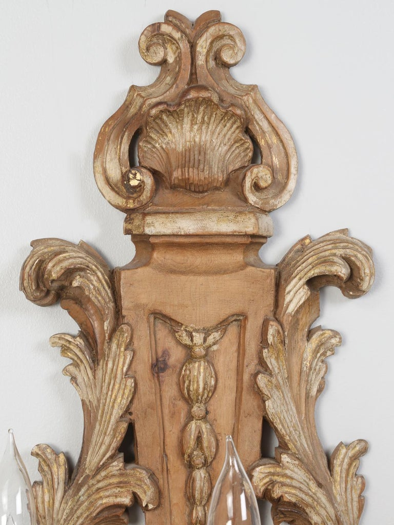 Pair of Italian Hand Carved Wooden Sconces with Gold and Silver Leaf Accents For Sale 1