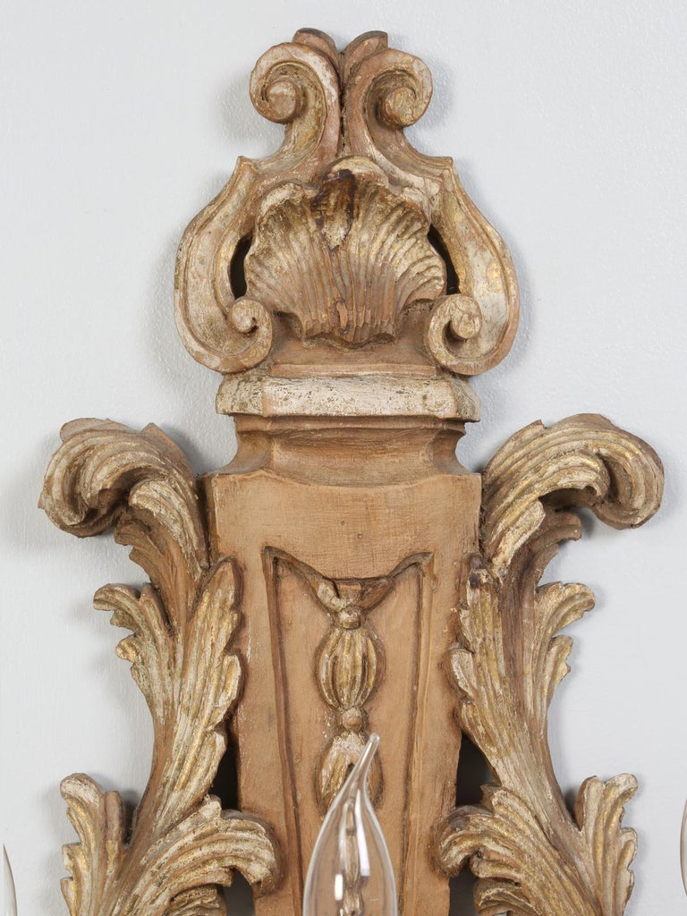 Pair of Italian Hand Carved Wooden Sconces with Gold and Silver Leaf Accents For Sale 2