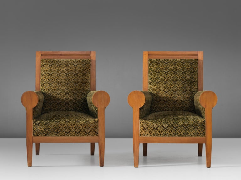 Mid-Century Modern Pair of Italian High Back Armchairs in Green Fabric Upholstery For Sale