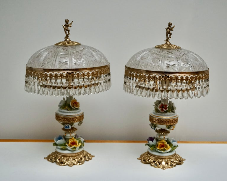 Pair of Italian Hollywood Regency Crystal Table Lamps In Good Condition For Sale In Antwerp, BE