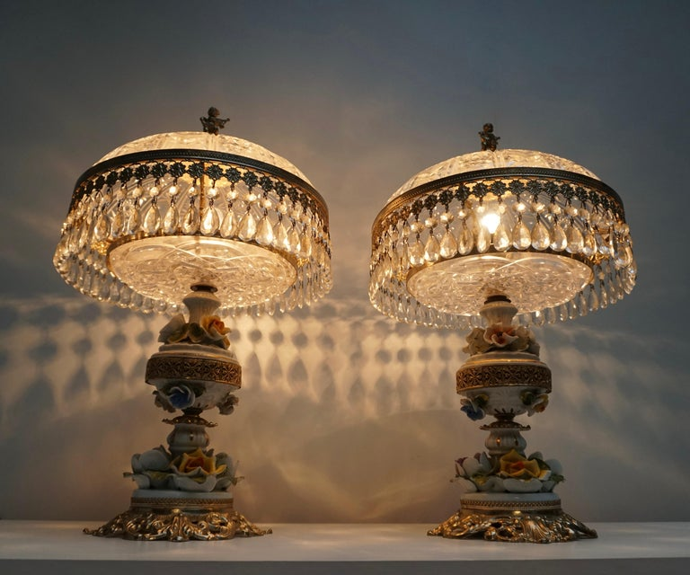 Brass Pair of Italian Hollywood Regency Crystal Table Lamps For Sale