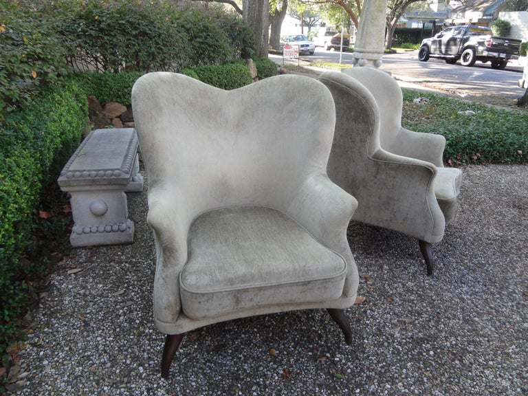 Pair of Italian Lounge Chairs Attributed to Paolo Buffa For Sale 4