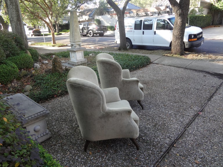 Pair of Italian Lounge Chairs Attributed to Paolo Buffa For Sale 3