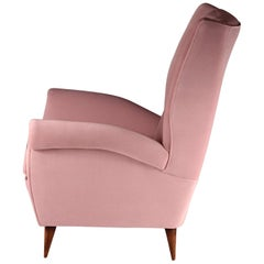 Pair of Italian Lounge Chairs by Gio Ponti in Pink