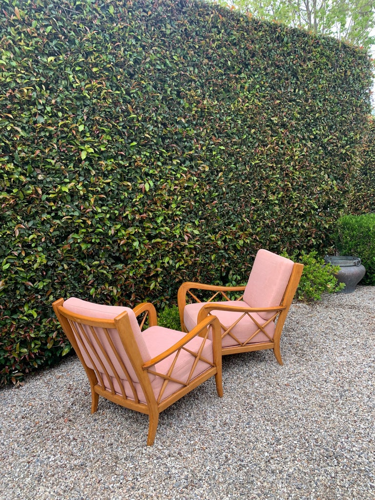 20th Century Pair of Italian Lounge Chairs by Paolo Buffa For Sale