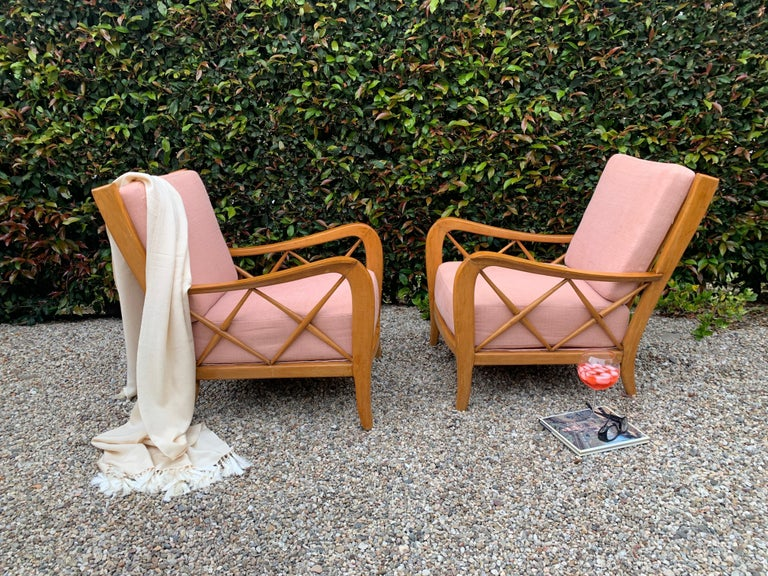 Pair of Italian Lounge Chairs by Paolo Buffa For Sale 1
