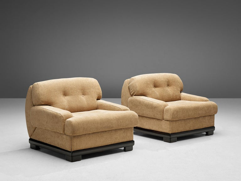Pair of Italian Lounge Chairs In Good Condition For Sale In Waalwijk, NL