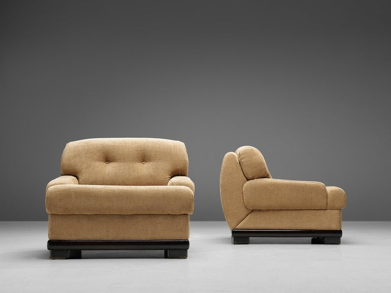 20th Century Pair of Italian Lounge Chairs For Sale