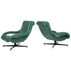 Pair of Italian Lounge Chairs in Gucci Green Leather by Radice, circa 1950