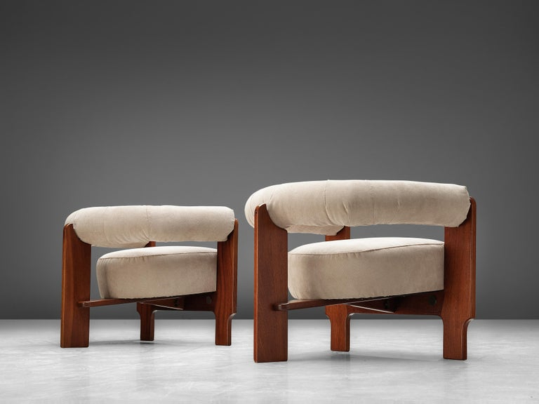 Pair of Italian Lounge Chairs in Mahogany For Sale 4