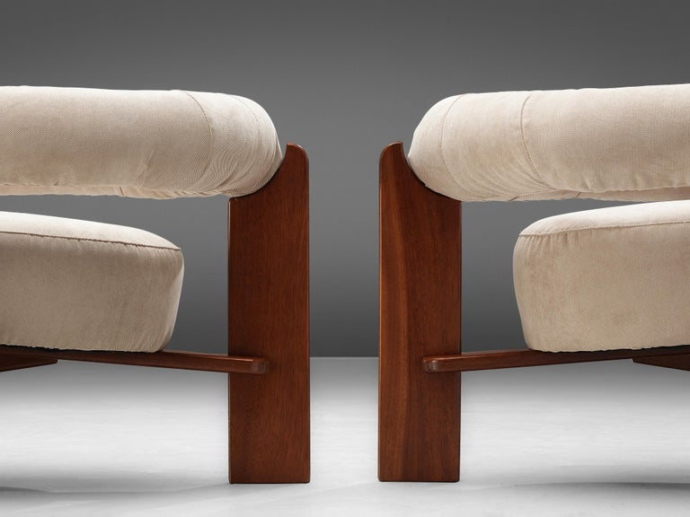 Mid-Century Modern Pair of Italian Lounge Chairs in Mahogany For Sale