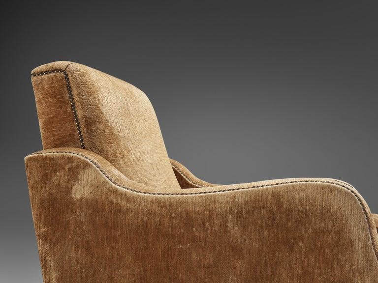 Pair of Italian Lounge Chairs in Velvet Upholstery For Sale 1