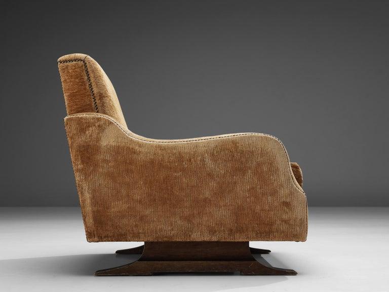 Pair of Italian Lounge Chairs in Velvet Upholstery For Sale 3