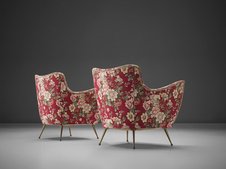 Pair of Italian Lounge Chairs with Red Floral Upholstery In Good Condition For Sale In Waalwijk, NL
