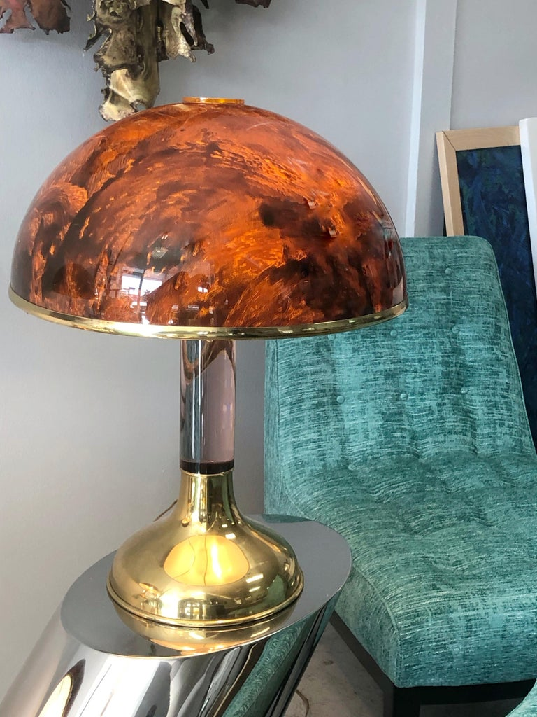 Pair of Italian Lucite and Faux Tortoise Table Lamps, 1970s For Sale 5